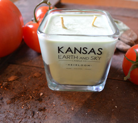 12OZ-heirloom-scented-soy-candle-tomato-leaf-kansas