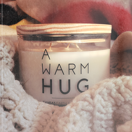 A Warm Hug Candle 24oz 3 wick