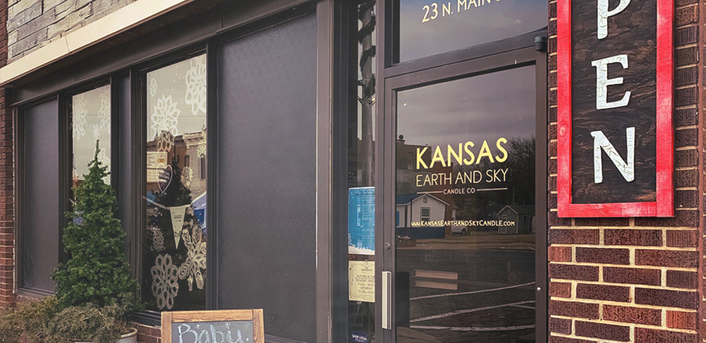 kansas earth and sky candle studio storefront